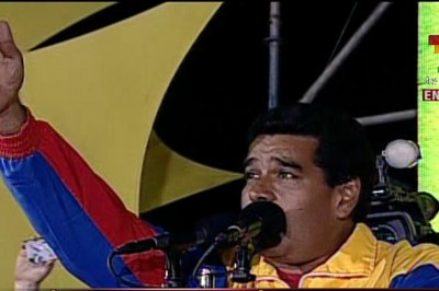 Nicolás Maduro speaks to his supporters after being proclaimed the winner.  Photo: telesurtv.net