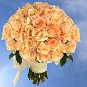 bridal-bouquet-roses-global