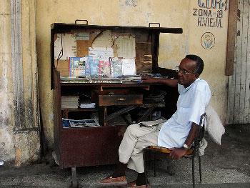 Havana newsstand.