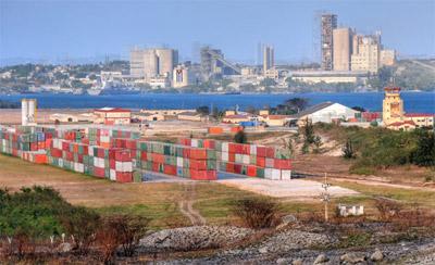Work underway at the port of Mariel, located 30 miles west of Havana.  Photo: Raquel Perez