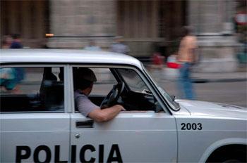 Havana police car.  Photo: Caridad