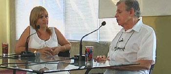 Journalist Magda Resik with Mario Coyula at Pabellón Cuba. Foto: oncubamagazine.com