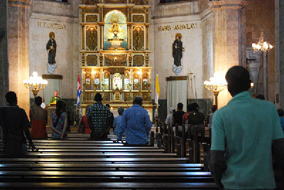 The limited social influence of the Catholic Church within Cuba and its enormous international significance make it an ideal ally for the Cuban government. Photo: Raquel Perez.