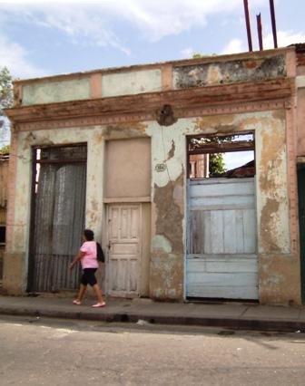 Vivenda dañada en Calle Escario y San Miguel