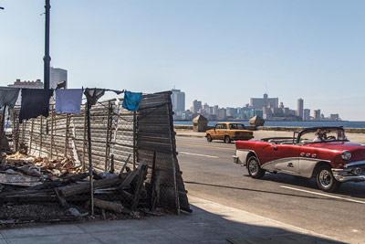 Two sides of Havana. Foto: Juan Suarez