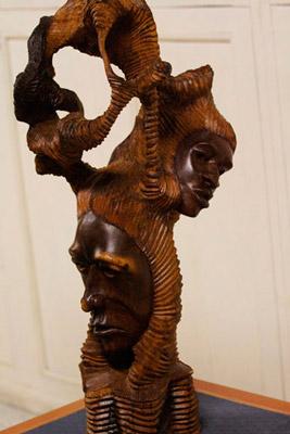 Sculpture by Alfredo Duquense