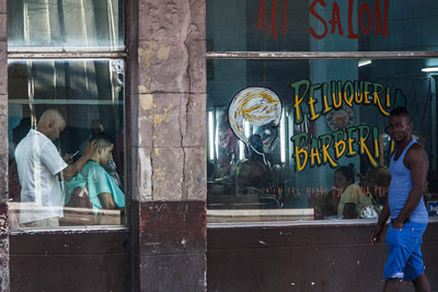 Havana barbershop. Photo: Juan Suarez