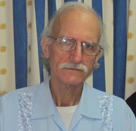 The contractor Alan Gross in a recent photo taken at the Military Hospital Carlos J. Finlay of Havana, where he is serving prison. From cafefuerte.com