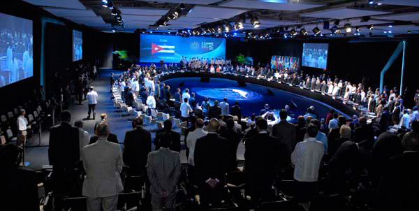 The 2-day summit of Latin American and Caribbean Countries opened today in Havana.