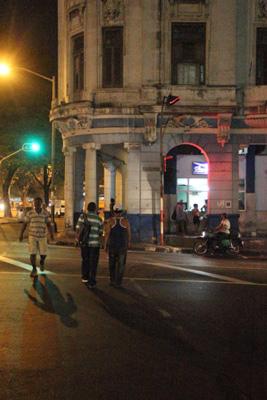 Infanta Ave. in Havana.  Photo: Juan Suarez