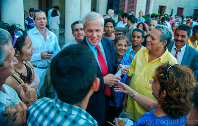 Relations between US diplomats and Cuban dissidents both on the island and in Miami includes the distribution of US $17.5 million annually to fund their political activities.
