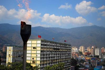 Caracas from the January 23rd hilltop neighborhood.  Photo: Caridad