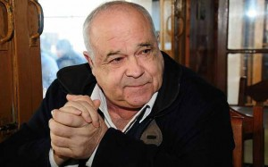 Uruguay's Minister of Defense, Eleuterio Fernández Huidobro, said that he supported President Mujica's decision.