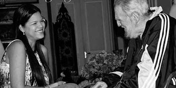 Mariela Gabriela Chávez and Fidel Castro.  Foto: notizulia.net