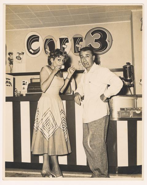 Cuba-Then-Page-45-Un-Cafecito-1957-2