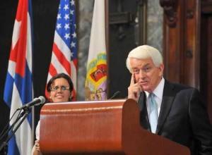 Thomas Donohue speaking at the  University of Havana.