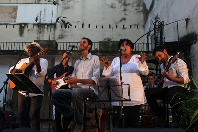 The band accompanied by Cuban musicians.
