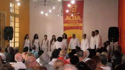 Vocal Leo in the Casa del ALBA