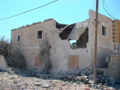 Approx. 10,000 homes were damaged in Gaza.  Photo: Julie Webb-Pullman