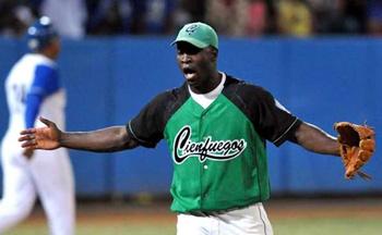 Noelvis Etenza, Cienfuegos pitcher and former teammate of Yasiel Puig.
