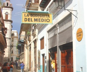 Dining at the famous Bodeguita del Medio is also available via online payment form abroad.