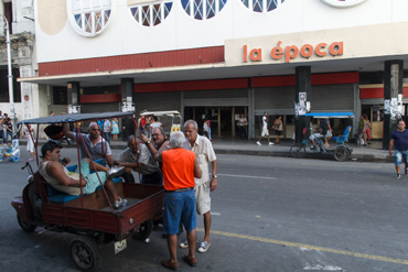 Galiano St. in Havana.  Photo: Juan Suarez