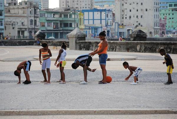 Playing in Havana.  Photo: Carolyn Looby.