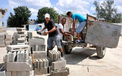 Cement blocks.  Photo: granma.cu
