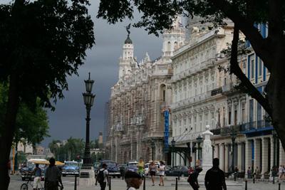 Old Havana photo by Elio Delgado Valdes.