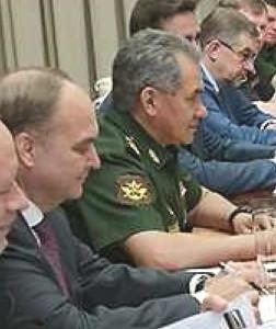 Anatoliy Antonov, left, and Sergei Shoigu at meeting with top Cuban authorities in Havana.