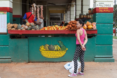 Fruit and vegetable market.  Photo: Juan Suarez