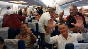 Cuban doctors returning home.  Photo: Yordanis Rodríguez Laurencio/cubadebate.cu