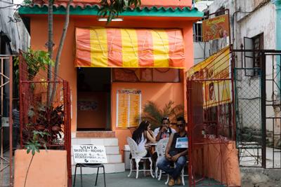 """The """"La atrevida"""" private cafe."""