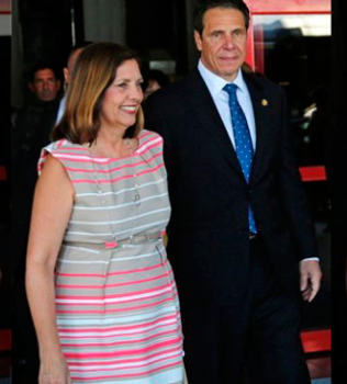 NY Gov. Andrew Cuomo heads a business delegation to Havana. He was welcomed by Josefina Vidal who heads the USA desk at the Cuban Foreign Ministry and is the chief negotiator in talks with the Obama administration.