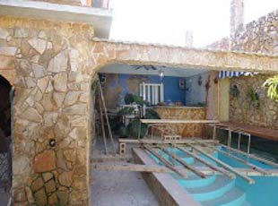 Illegal swimming pool at a home in Artemisa.