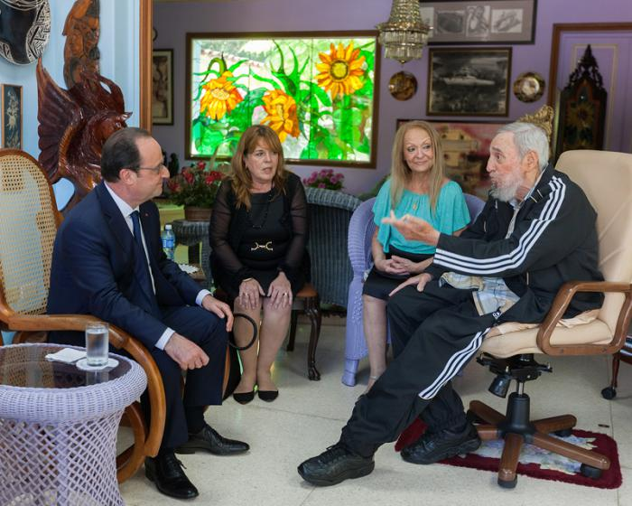 Francois Hollande and Fidel Castro met on Monday at the ex-president's home in Havana.