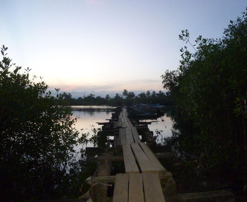Bridge over the Miel River.