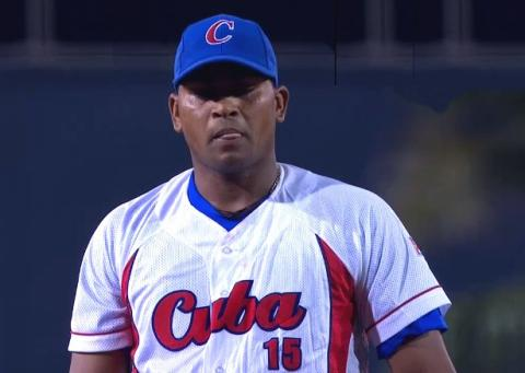 Once again Freddie Asiel Alvarez is on the pitching staff of Team Cuba.