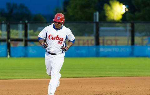 Alfredo Despaigne had a two-run homer for Cuba.