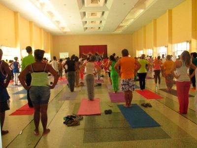 Jornada internacional del yoga en Cuba