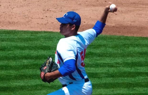 Yosvanny Torres is the probable starter for Cuba.  Foto: baseballdecuba.com