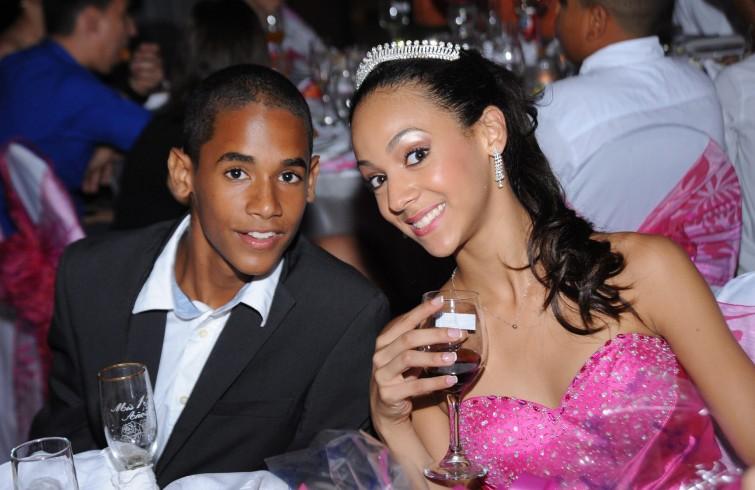 Ana Fidelia's children, Alberto Alejandro, 14, and Carla Fidelia, 15.  Photo: courtesy of the interviewee.
