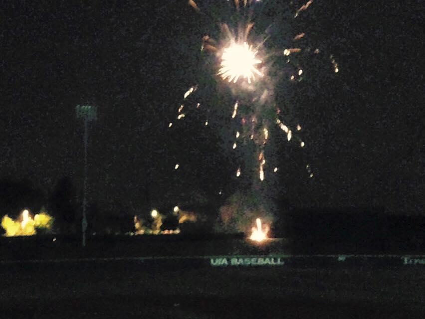 Fireworks after the USA defeated Cuba 2-0.  Photo: baseballdecuba.com