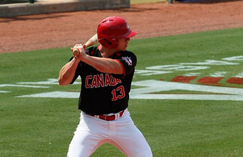 El joven Tyler O'Neill, con cuadrangular de tres carreras en la 6ta entrada, mantuvo el invicto de Canadá en el torneo beisbolero de los XVII Juegos Panamericanos. (Foto Baseball Canada) - See more at: http://havanatimes.org/sp/?p=107703#sthash.u6iMJtsT.dpuf