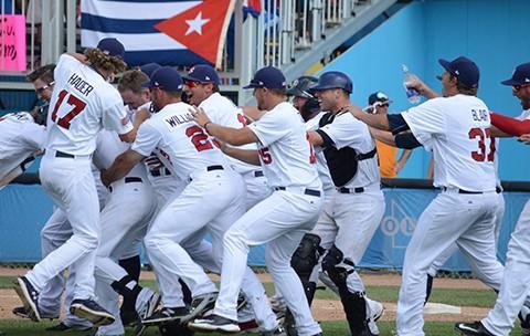 Team USA celebrates their comeback win over Cuba in Toronto.  Photo: USA Baseball