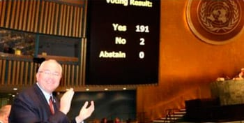 Voting results on the resolution submitted by Cuba against the US embargo. Photo: cubadbate.cu