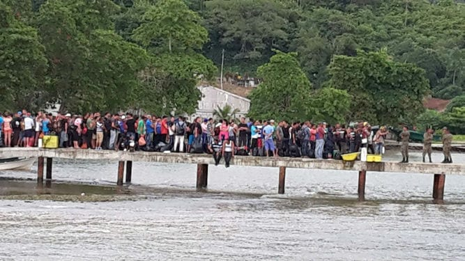 Cuban migrants on the Colombian-Panamanian border.