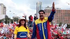 President Maduro and his wife at the governing party's campaign closing rally. Foto: telesurtv.net