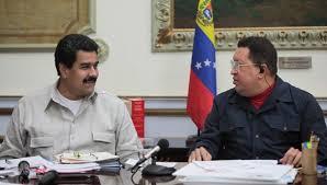 Maduro con Hugo Chávez. Foto/archivo: telesurtv.net