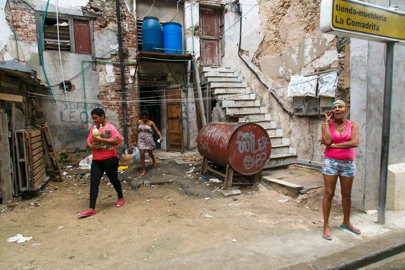 Mujeres-del-barrio